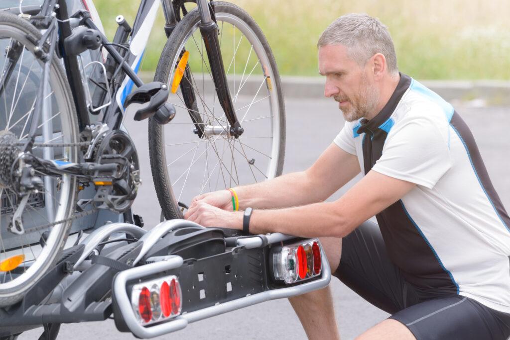 Cykelstativ til bil