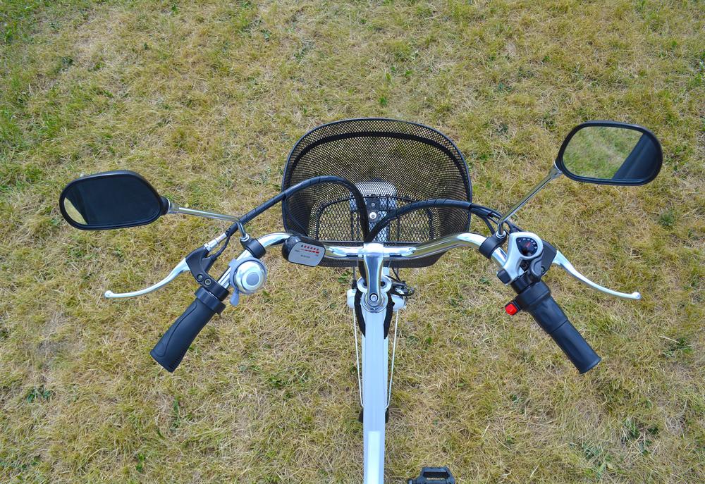 Cykel med motor og batteri